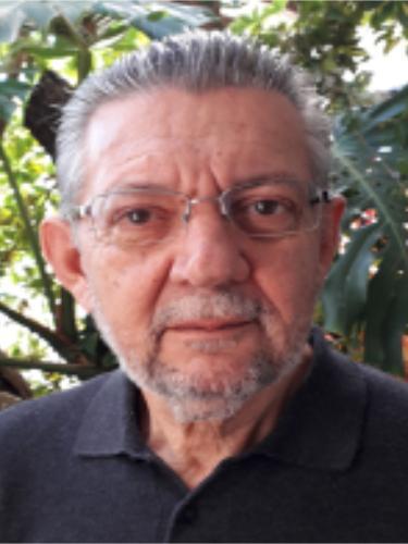 曼努埃尔·穆尼奥斯(ManuelMuñoz)教授