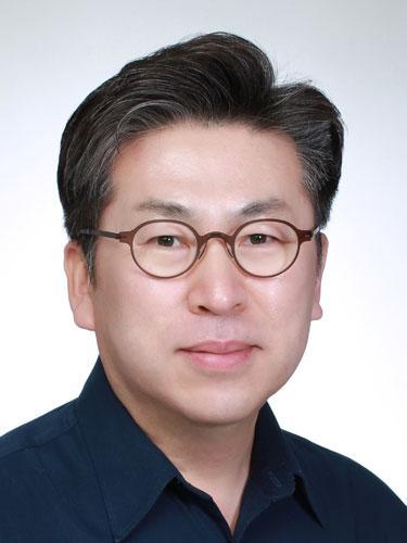 Young Woo Kim教授