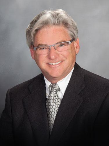 Bruce Spiess教授