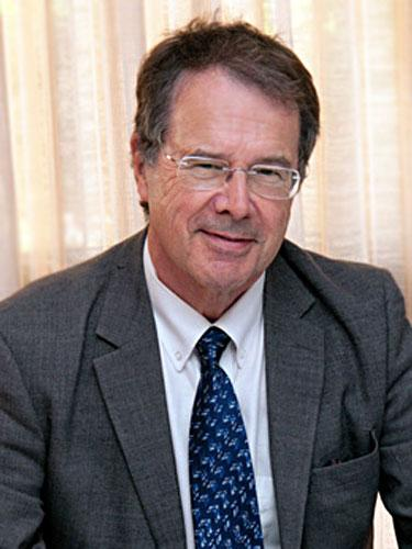 Michael Leahy医生